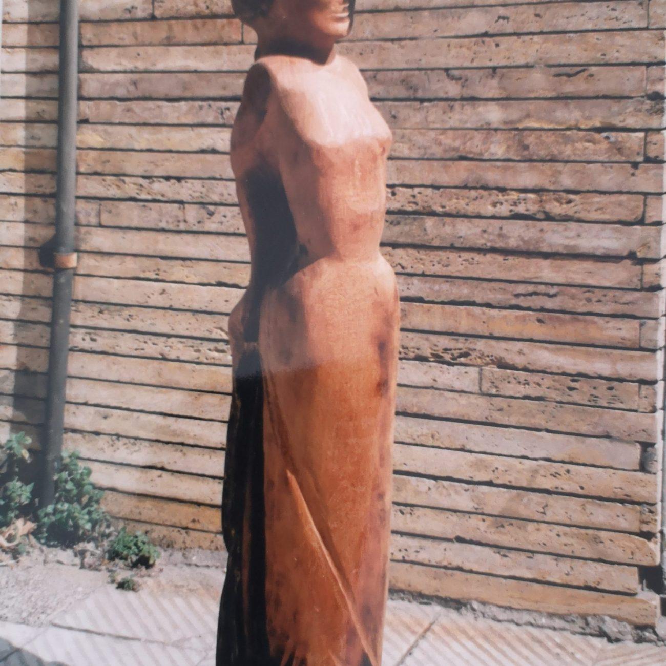 Mısırlı Venüs  Teknik:Gürgen  Ölçü:86x16x10 cm  Fiyat:15000 TL