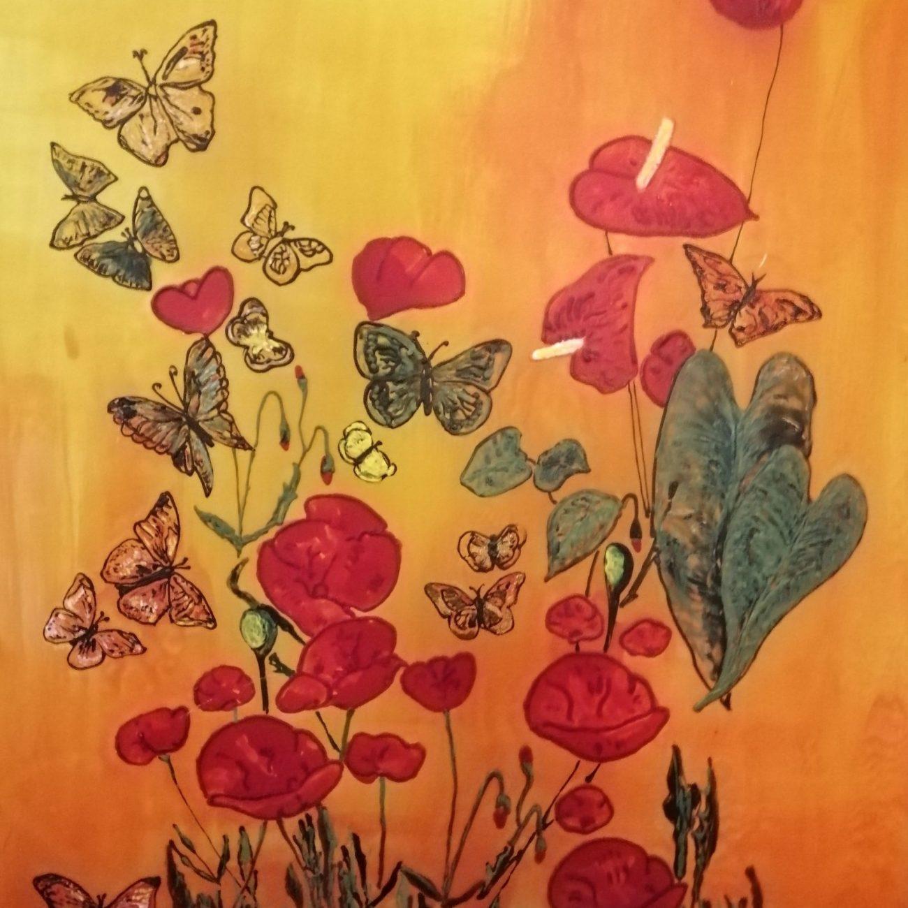 Gelincik Ve Kelebekler  Teeknik:Buzlu Cam Üzeri Cam Boyama Ölçü: 42x52 cm