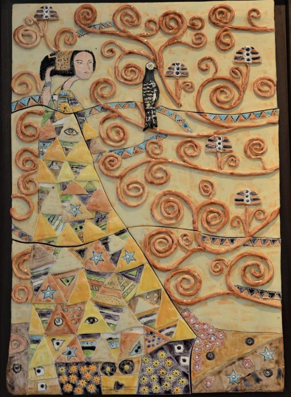 Gustave Klimt Hayat Ağacı Esinlenme Teknik:Beyaz Çamur Rölyef Tekniği , Sır Boyama Ölçü :60 x 40 cm  Fiyat :1500 TL