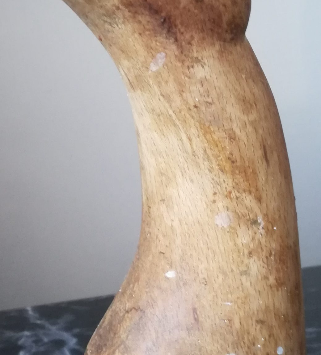 Gülseren Dalbudak Teknik:Gürgen ağacından heykel Boyut: 30x10x10cm. Fiyat:1.180TL