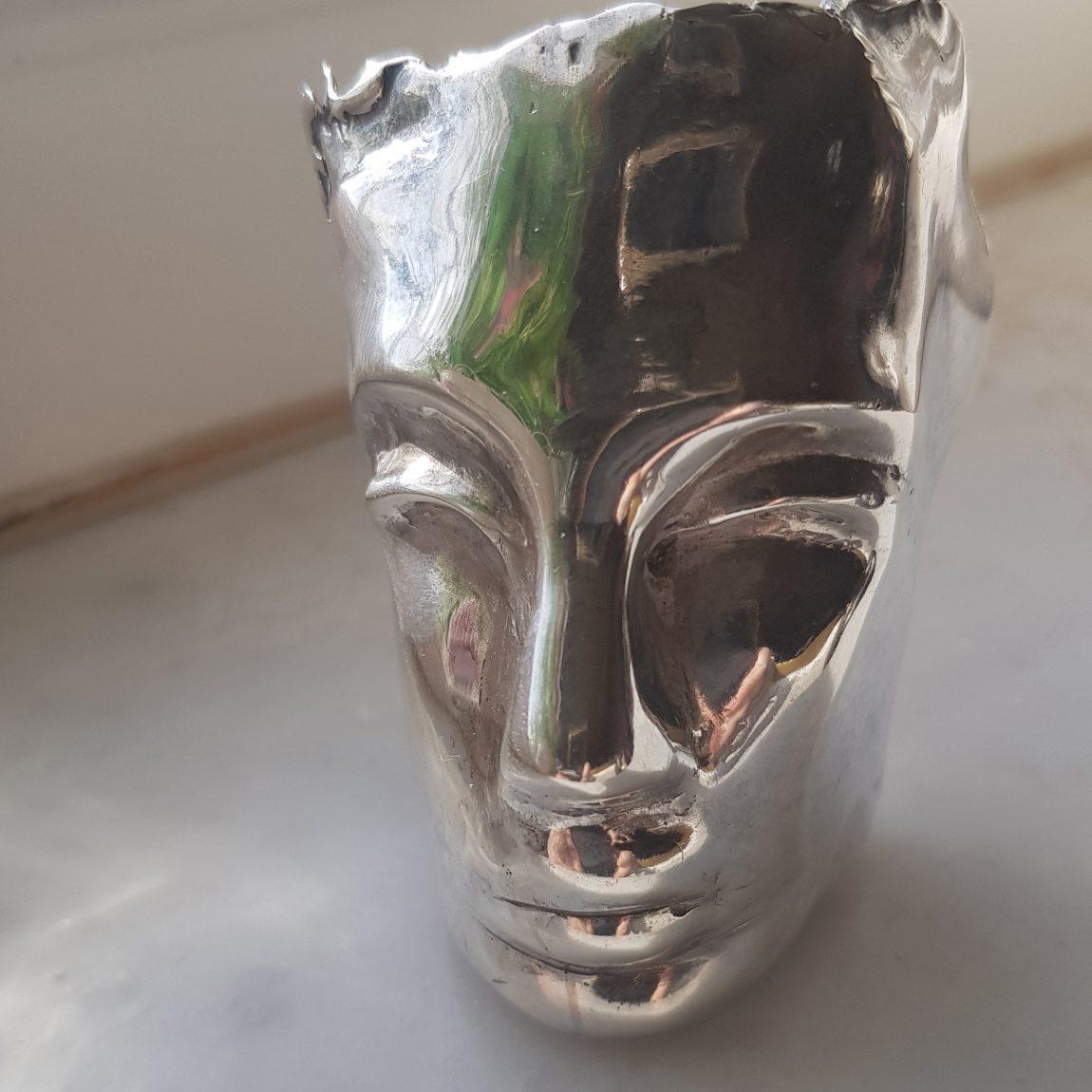 İpek CANDAŞ Gümüş Mask-Silver Masque /Mini Gümüş Heykeller Teknik:Kayıp Mum Metodu Ölçü:8x5x4cm/