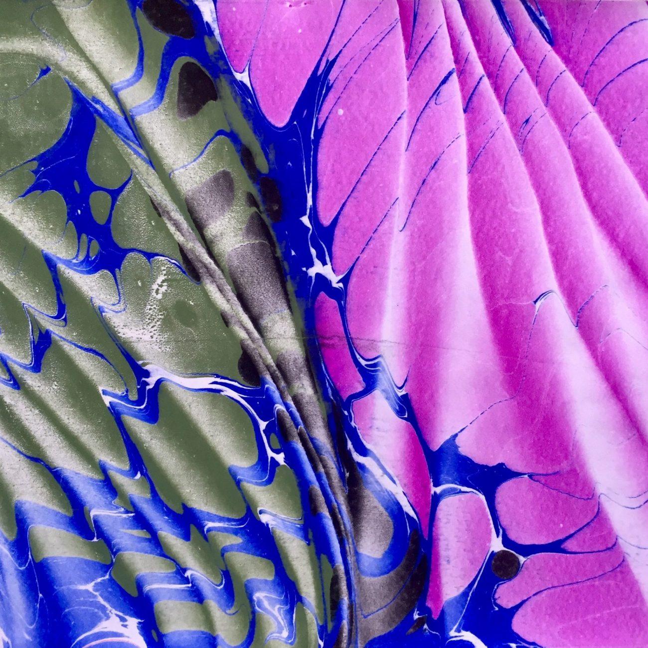 Two Ways Of Waves-Teknik: Ebru Tekniği Ölçü: 25 x 35 cm  Fiyat : 1.250 TL